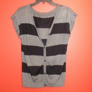 Cute Forever 21 Short Sleeve Black Gray Cardigan